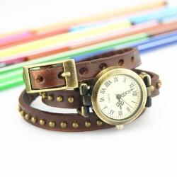 Brun ur med læderrem