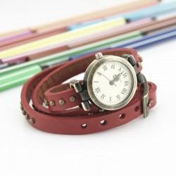 Rød ur med læderrem