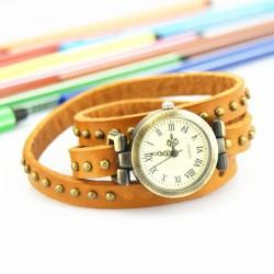 Gul ur med læderrem