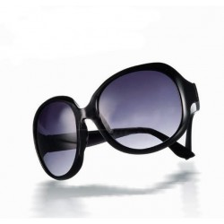 Sorte solbriller med stort look