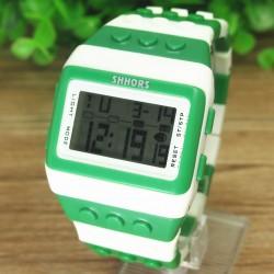 Hvid/grøn  farvet ur med digital display