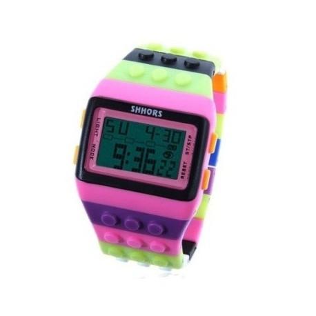 Multi farvet ur med digital display og pink ramme