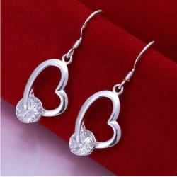 Sølv øreringe med hjerter og stor sten